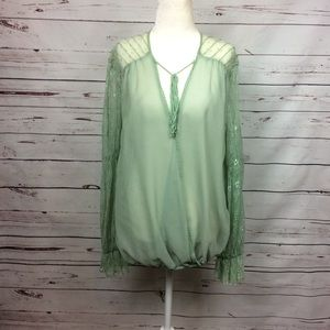 [Umgee] Green Cross-over Peasant Blouse w/ Lace